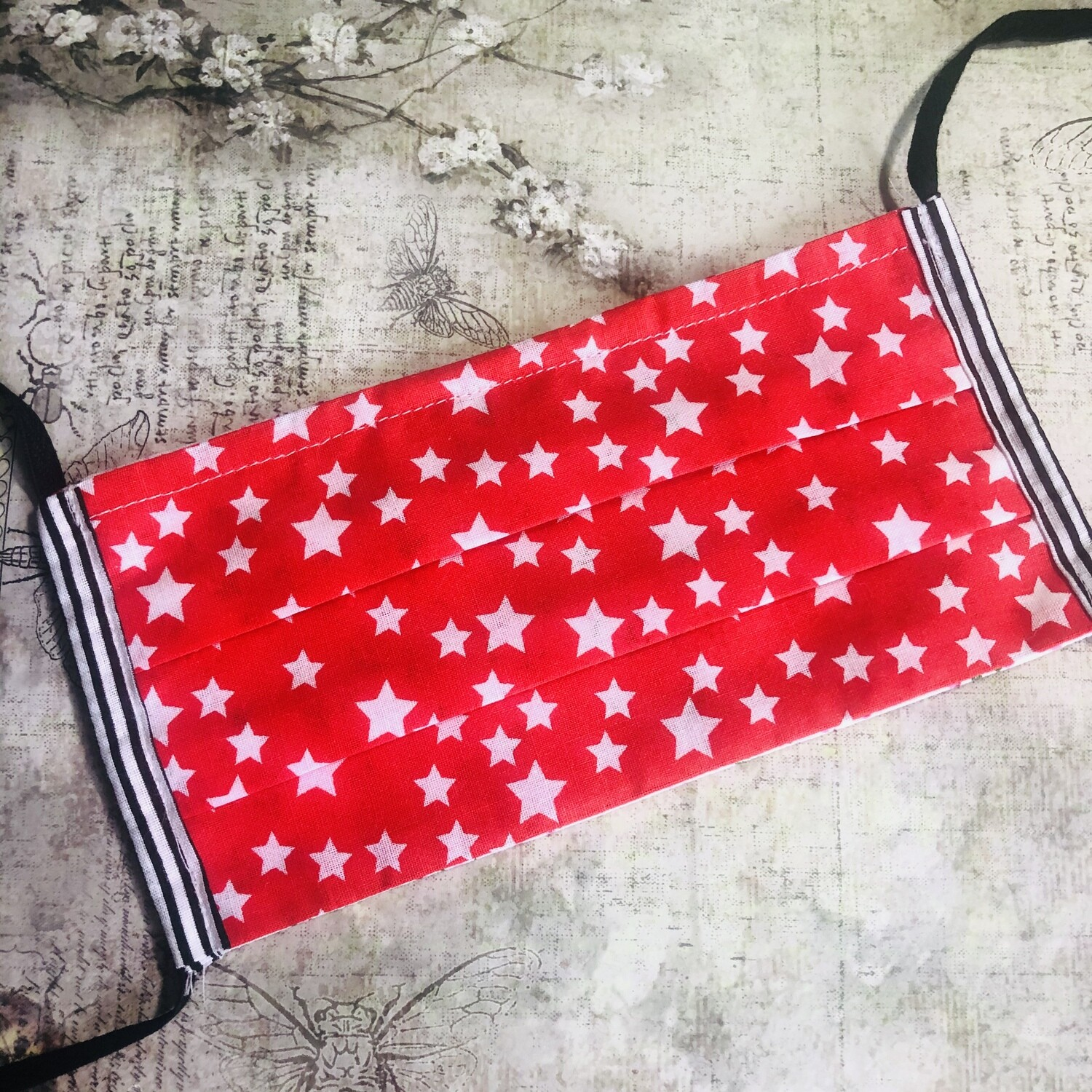 Cotton face mask - Stars, red (striped trim)