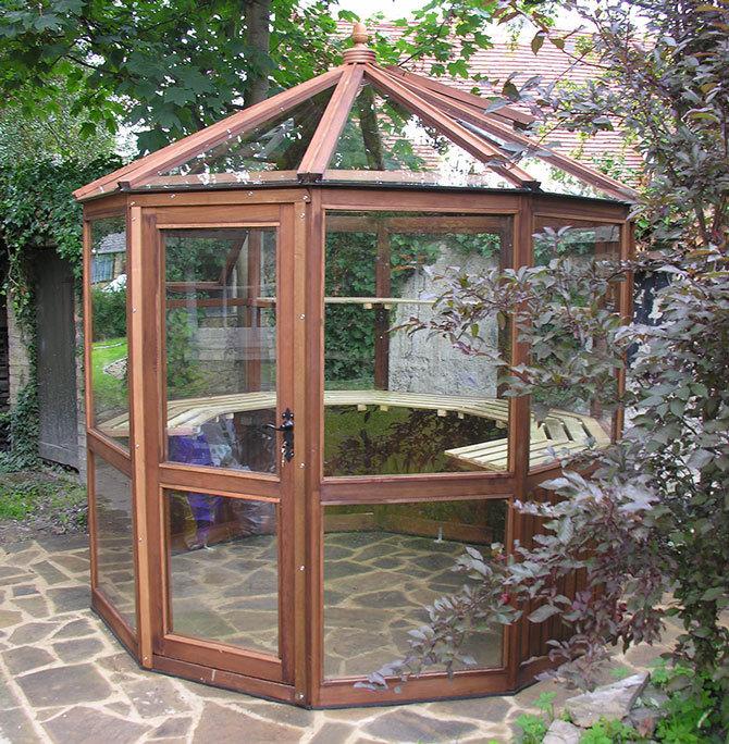 Dagdale Cedar Greenhouse 8ft 3
