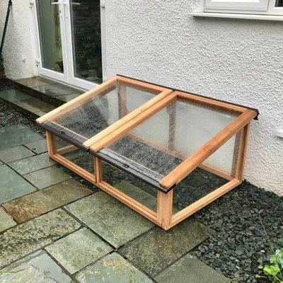 5ft x 3ft Fully Glazed Cedar Coldframe