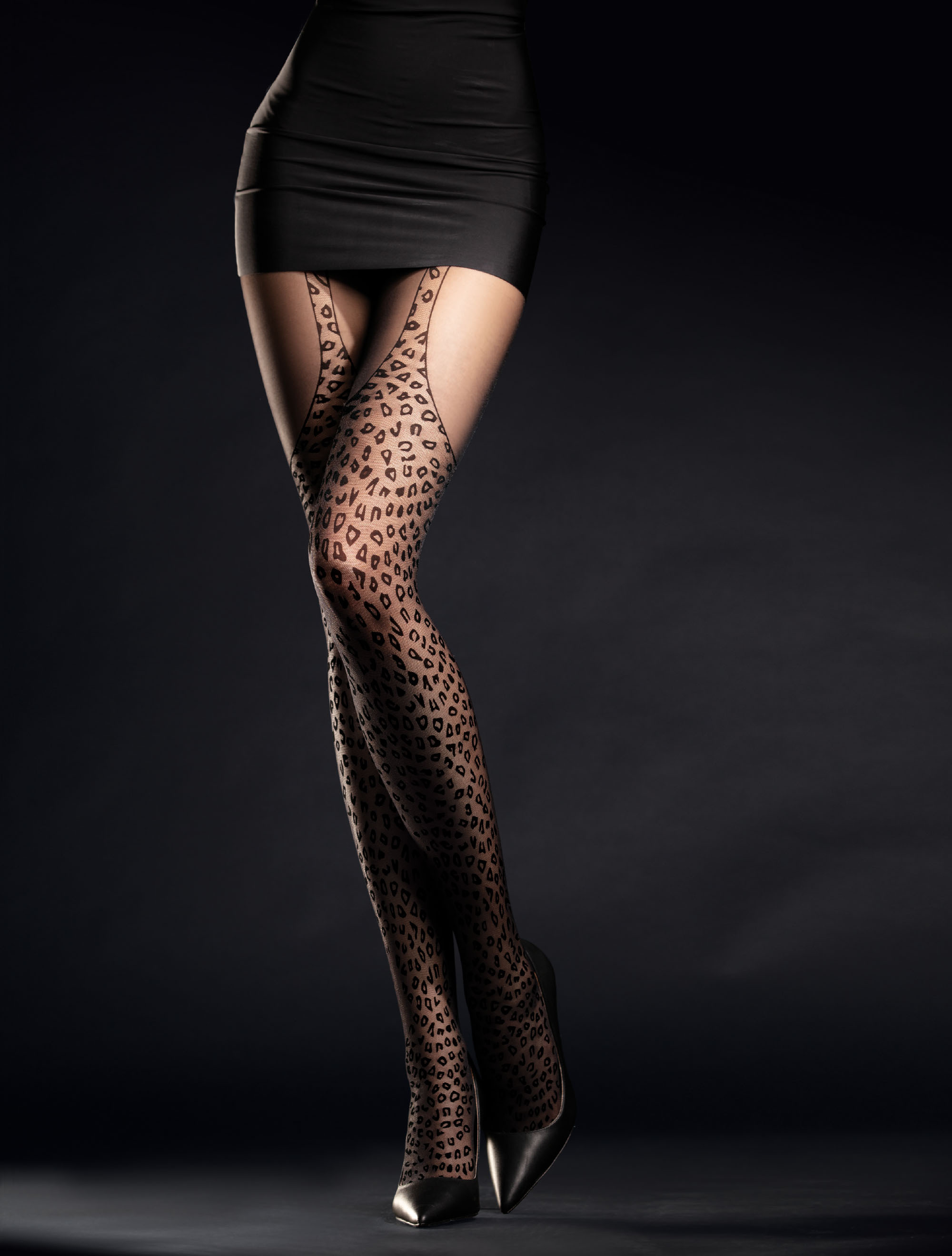Fiore: Wild Leopard Patterned Tights FIORE_HUNTME
