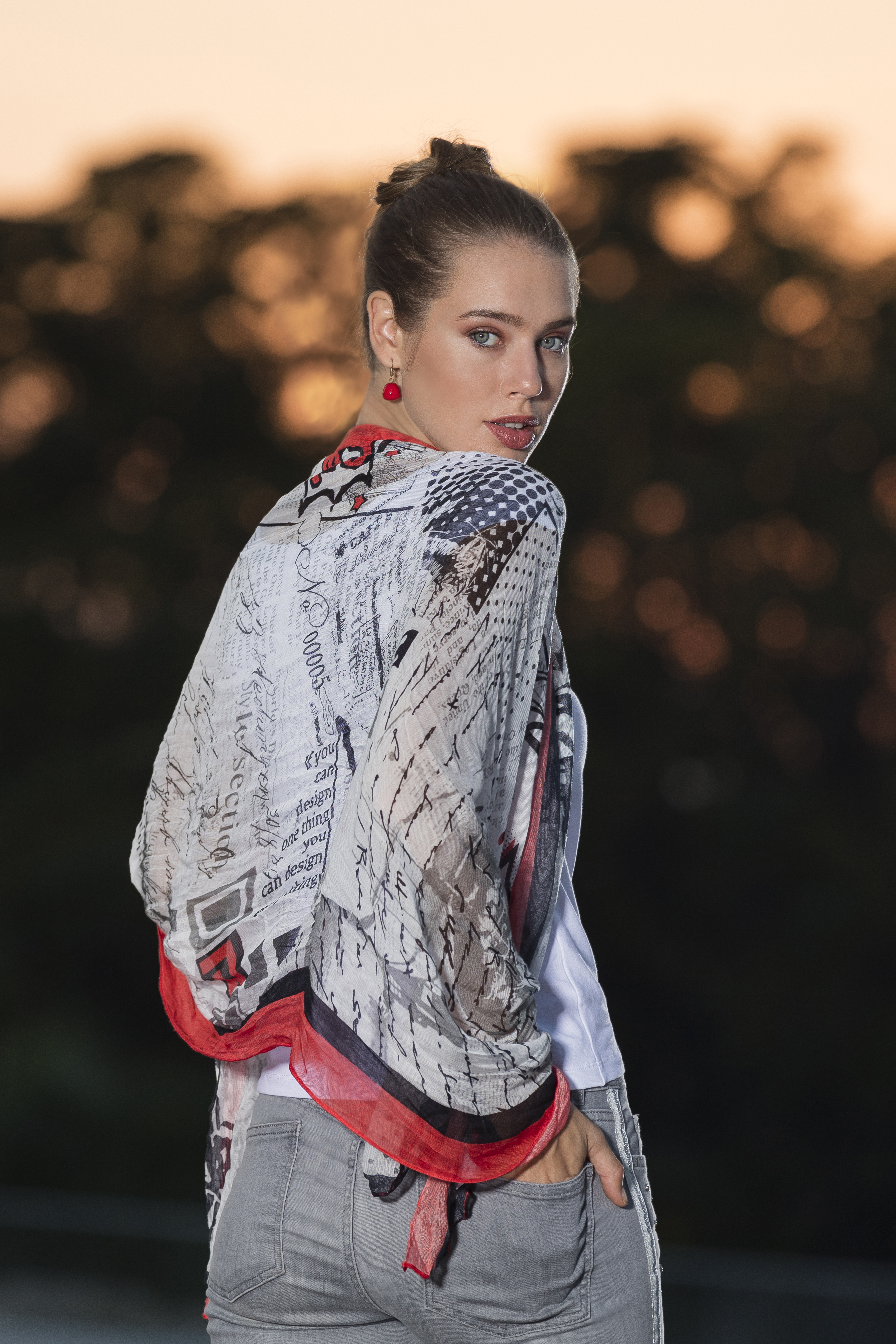 Dolcezza Spring/Summer 2020: Simply Art Scarves DOLCEZZA_SIMPLYART_SCARVES_NEW1