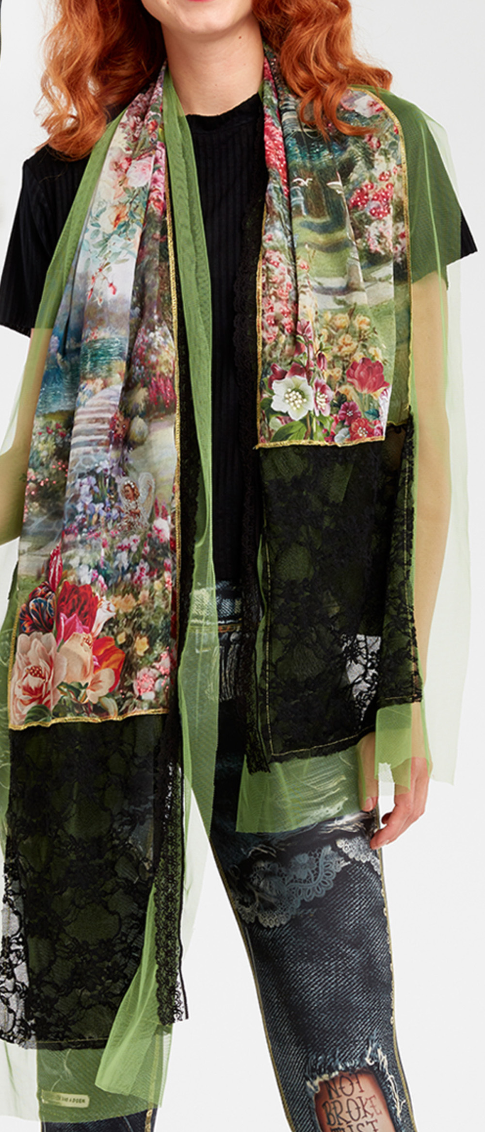 IPNG: In Paradiso Cherry Carnation Scarf