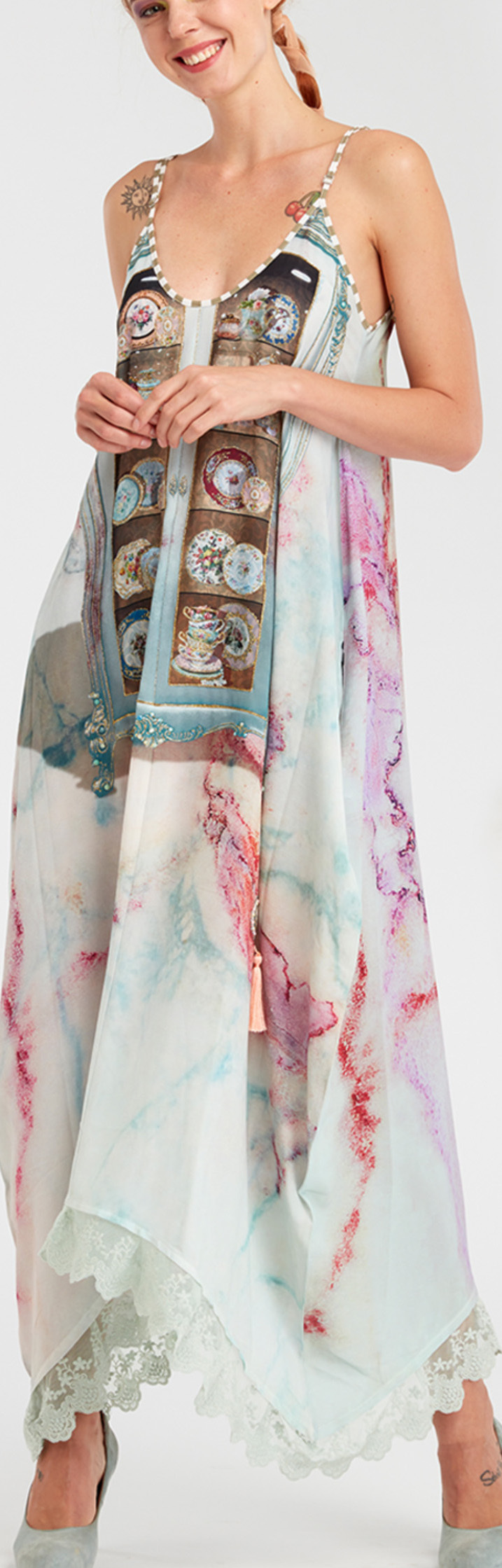 IPNG: Inna Me Rose Reflection Illusion V-Cut Maxi Dress IPNG_TIMDVN-035