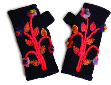Savage Culture: Rosela Wool Driving Mittens (More Colors!) SAVAGE_GU1903_N2