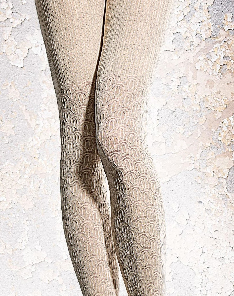 Fiore: French Creme 3D Opaque Tights