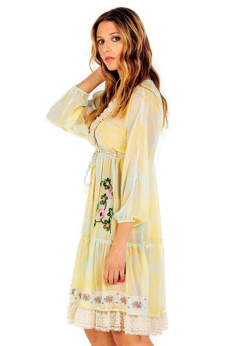 Savage Culture: So Sweet Ruffled Baby Doll Petal Dress Sicilia