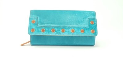 Duo-coloured purse in washed style