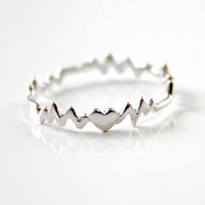 Sterling Silver Heart Beat Ring Size 7