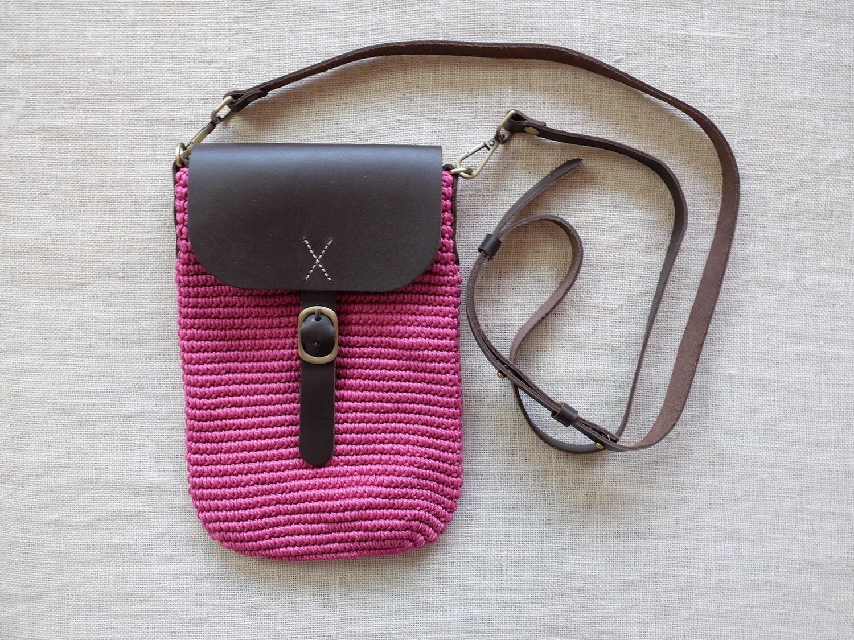 Cross Bag Small: Fuchsia
