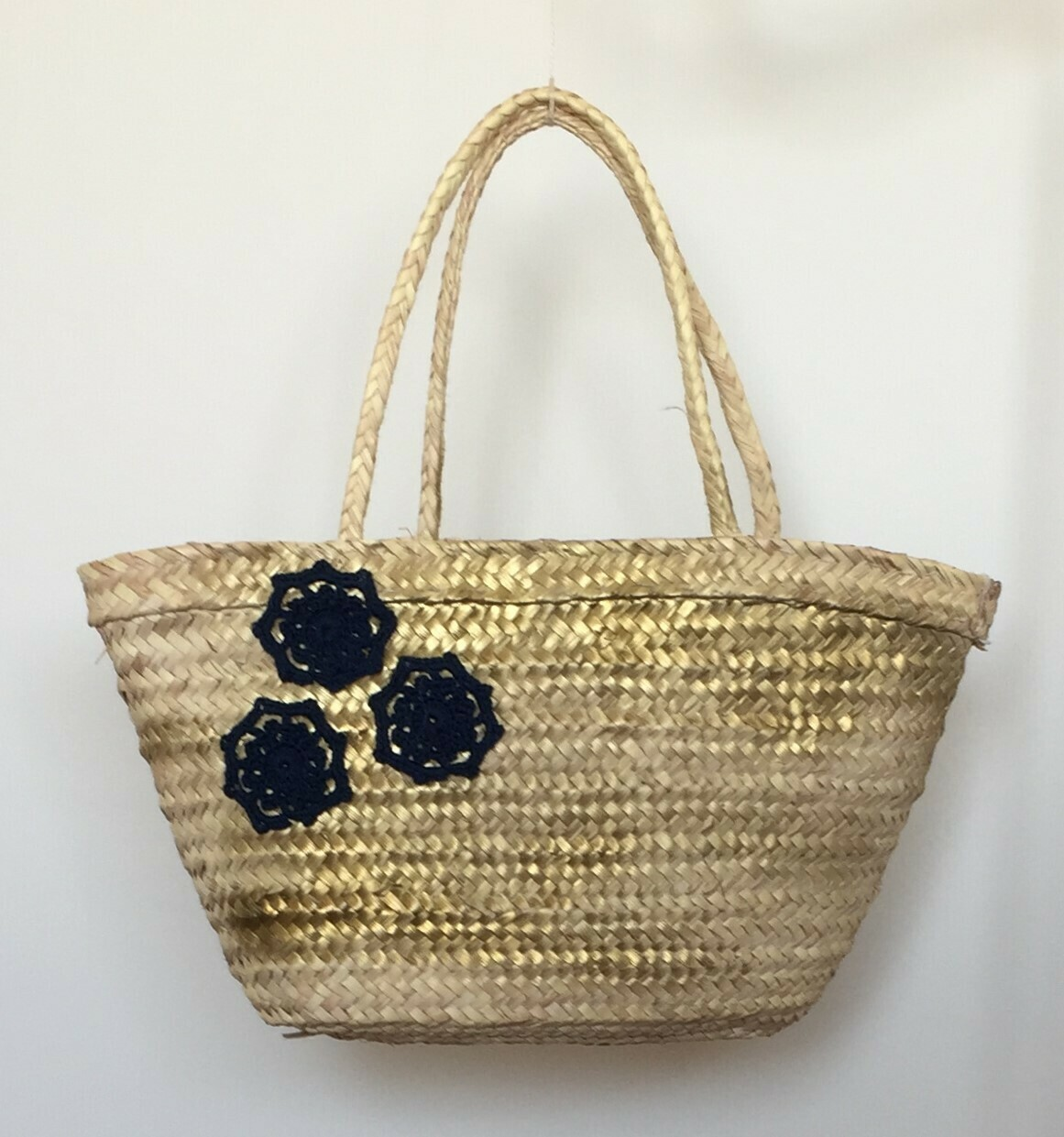 Bag; straw Golden with navy blue flowers