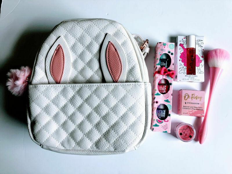 Play Makeup Gift Bag - White Bunny Backpack
