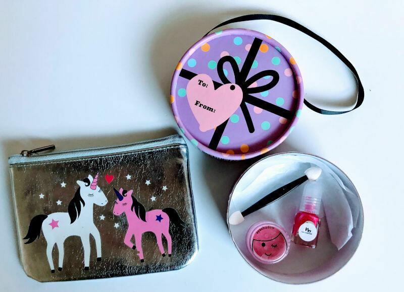 Play Makeup Gift Bag - Silver Unicorns