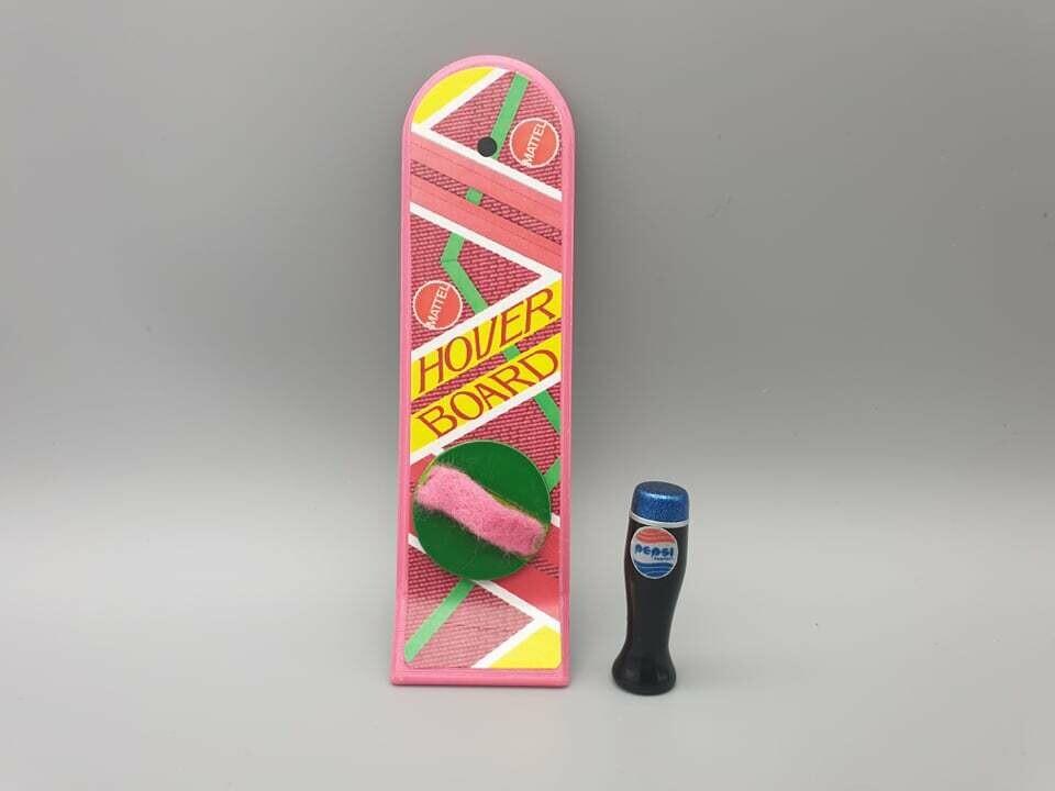 DeLorean 1:8 scale Hoverboard & Pepsi Perfect