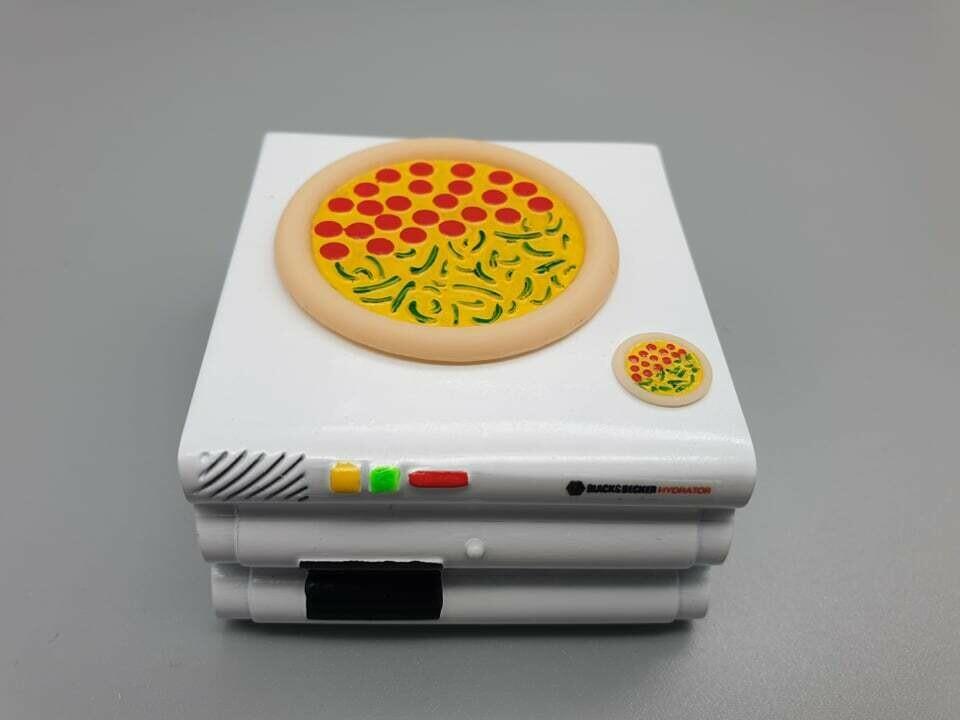 DeLorean 1:8 scale Hydration Oven & Pizzas