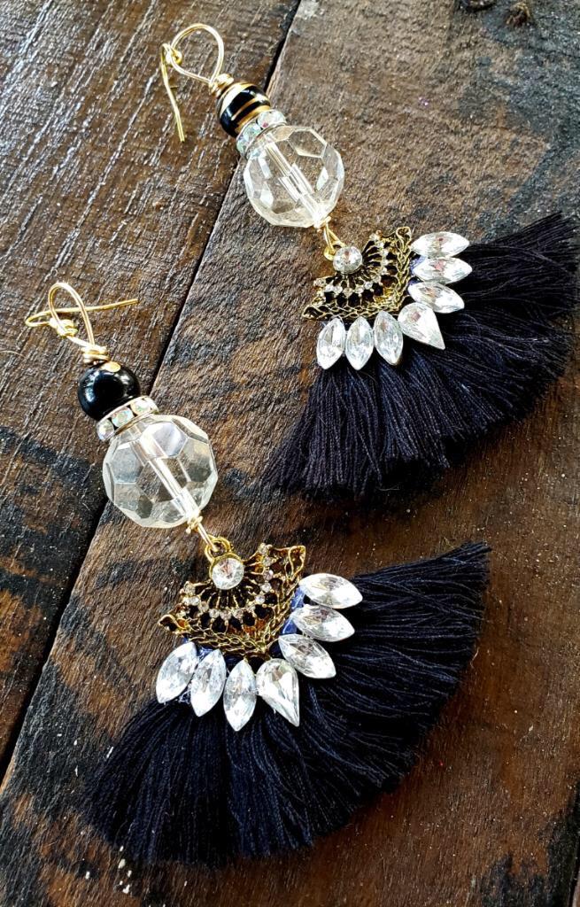 Classy Crystal Tassel Earrings 00282