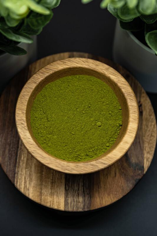 Green Borneo Kratom Powder Mitragyna Speciosa