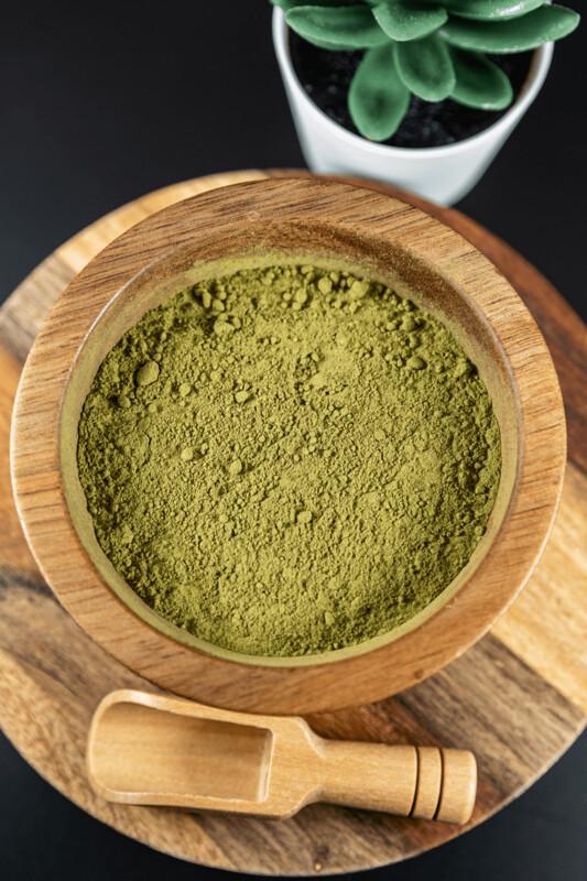 Green Kapuas Kratom Powder Mitragyna Speciosa