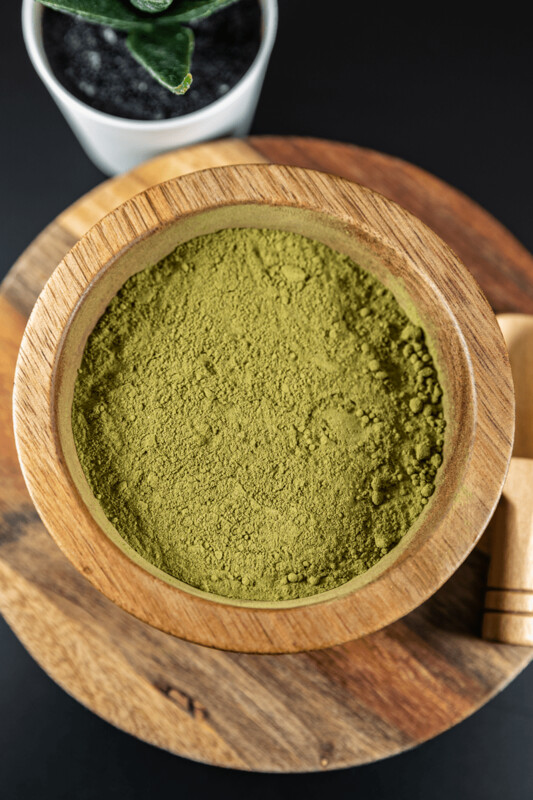 Green Hulu Kratom Powder Mitragyna Speciosa