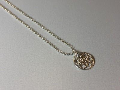 Kurze Halskette mit Lebenskreise Silber