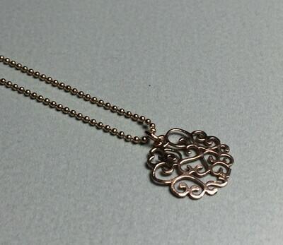 Kurze Kugelkette mit romatischem Anhänger Silber rose vergoldet