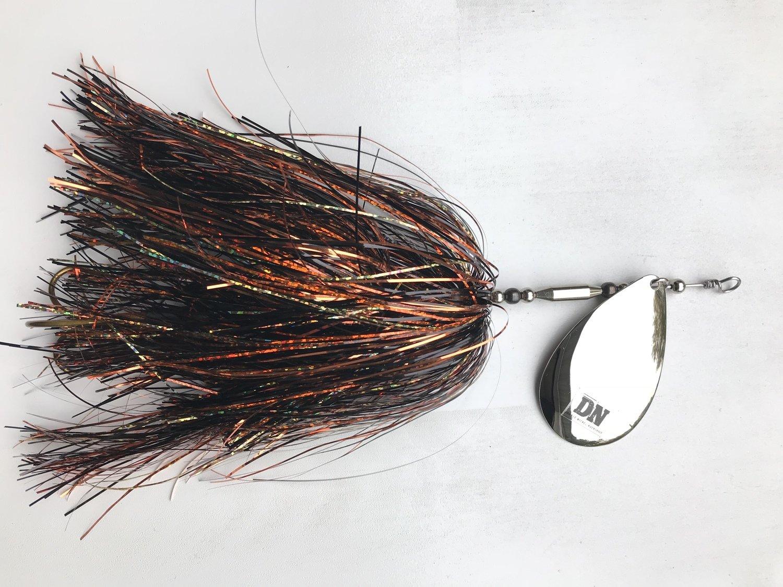 Single #10 Blade Bucktail