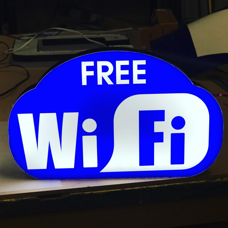 12v or 24v Illuminated Free Wifi Sign