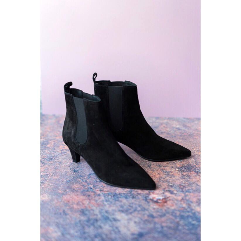 Hampstead Softblack Low Heel Dress Ankle Boot
