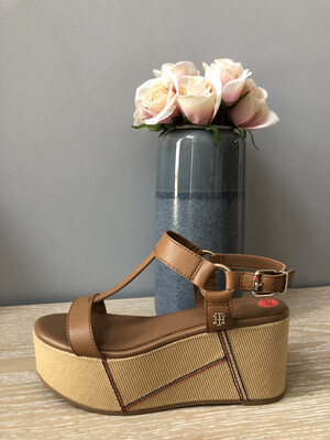 Summer Cognac Elevated Leather Flatform Sandal