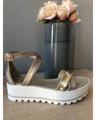 Gold leather Strappy Flat Form Sandal