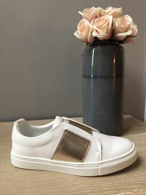 Elastic Gold Sneaker