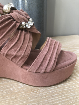 Suede Lavanda Jewel Wedge