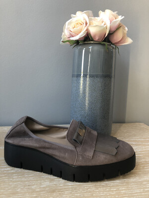 Casas Fringed Loafer Grey