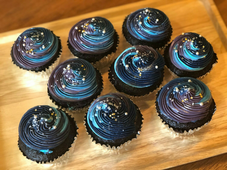 Galaxy Cupcakes (12 pieces)
