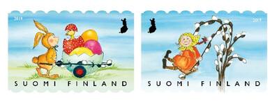 Финляндия. Пасхальные игры. Сцепка из 2 самоклеящахся марок