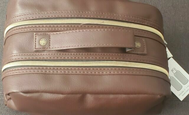 Essential Case brown.With Perfume