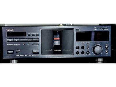Lettore cassette TEAC V-5010 VENDUTO