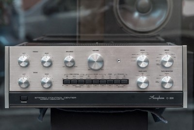 Accuphase C-200 + P250