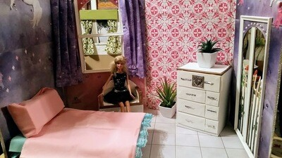 Doll house (Pink and purple)
