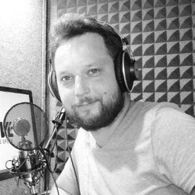 Nagranie zapowiedzi telefonicznych w wykonaniu lektora Adrian - Kupon