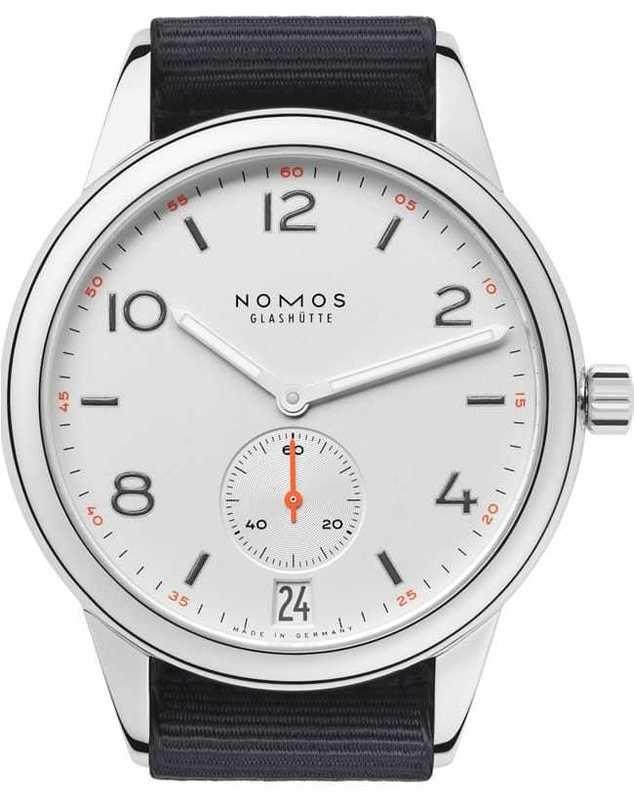 NOMOS Glashütte Club Automat Datum