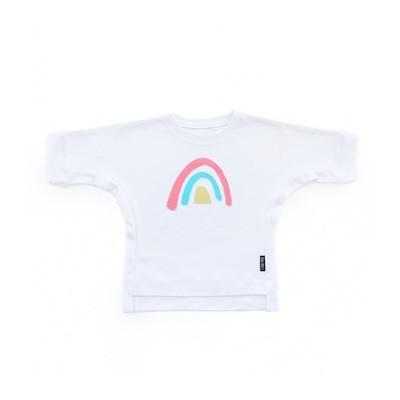 Базовая футболка оверсайз с аппликацией «Радуга»