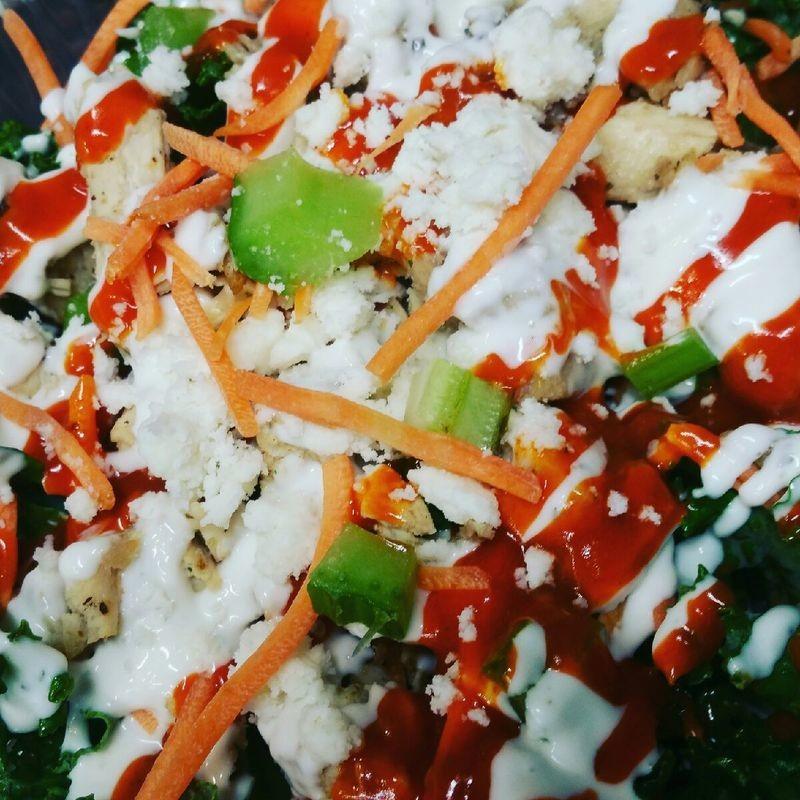 BOWL - Buff Chic Salad