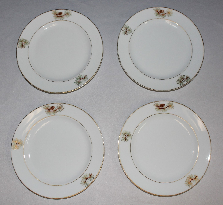 "Set of 4 Fukagawa Arita 7.5"" Salad Plates, Pine Needles & Cones Japan"