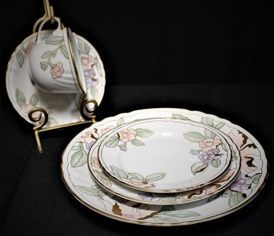 Fitz & Floyd 194 Fleur Fantasia 5 Piece Place Setting Dinner/Salad/Bread/Cup/Saucer