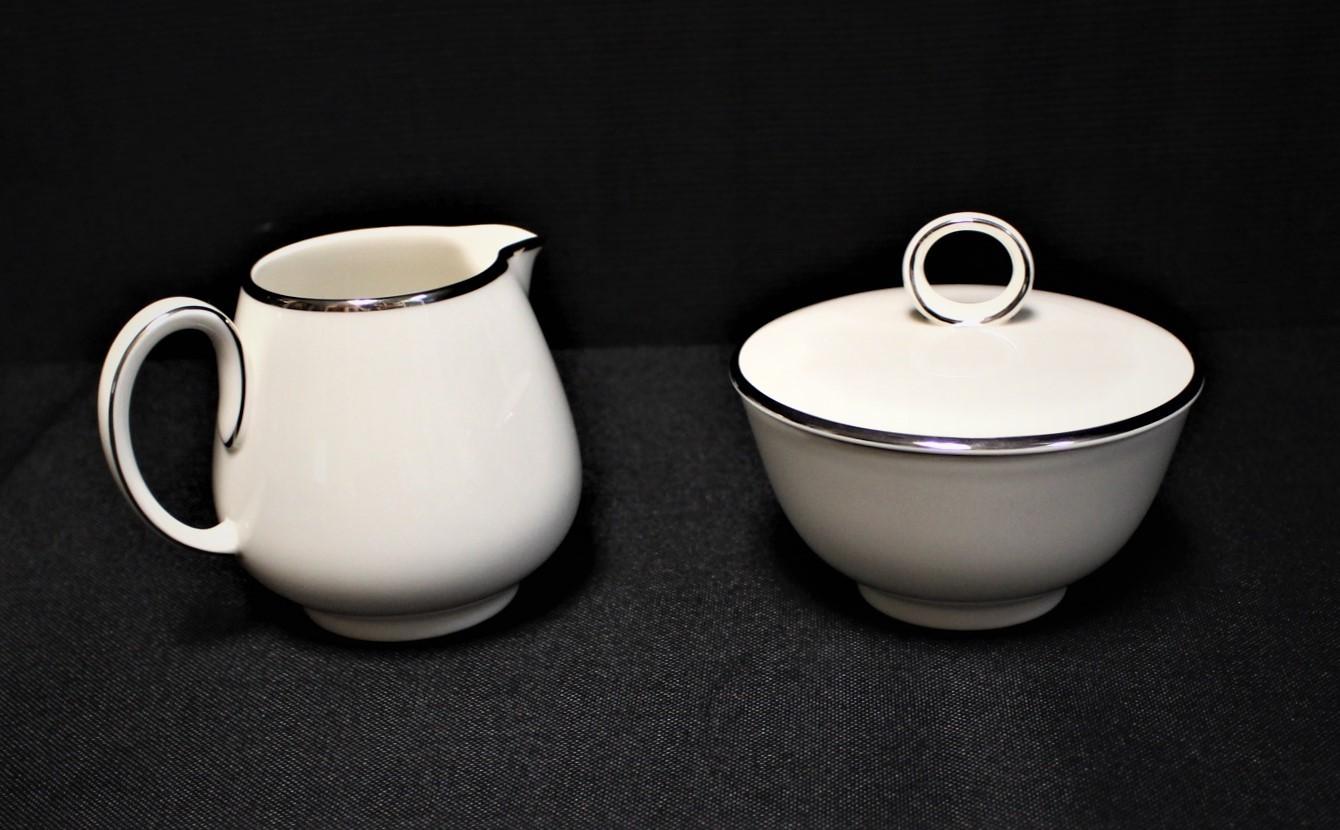 Noritake Ivonne 7522 Creamer & Sugar Bowl w/ Lid Platinum Trim Ivory China Set