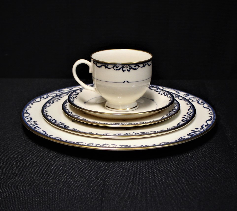 Lenox Liberty Presidential Collection 5 Piece Place Setting Jeweled Fine China