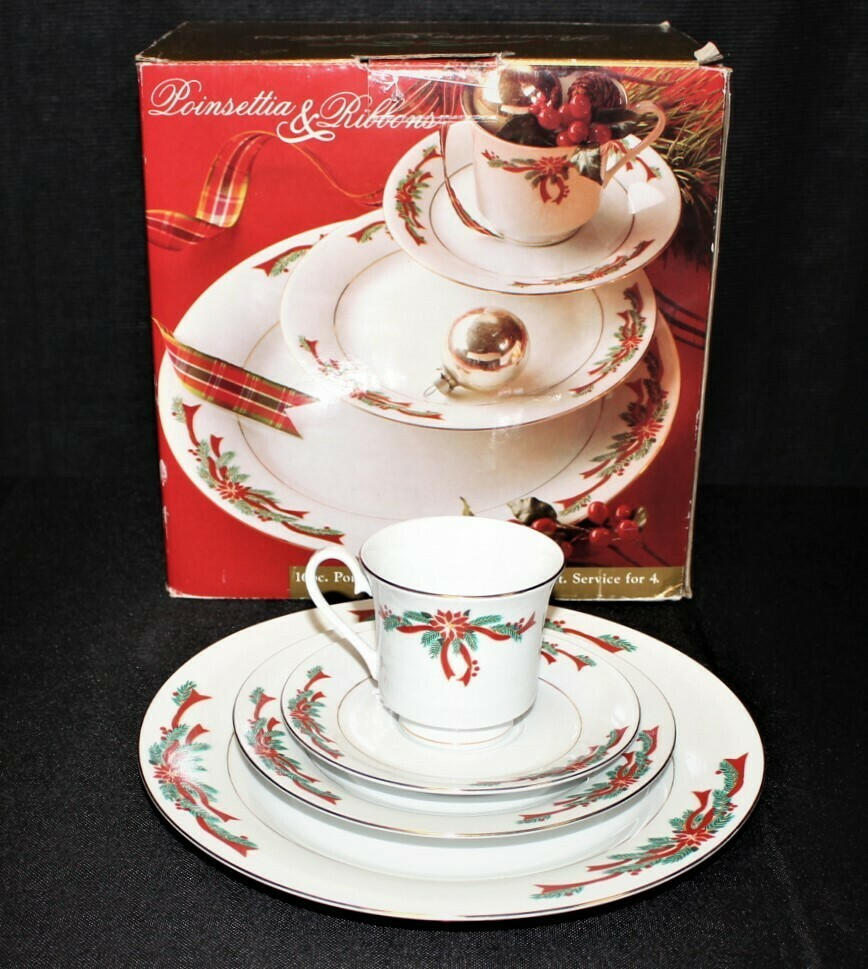 ​Poinsettia & Ribbons 16 Piece Holiday Porcelain Dinnerware Set in Original Box