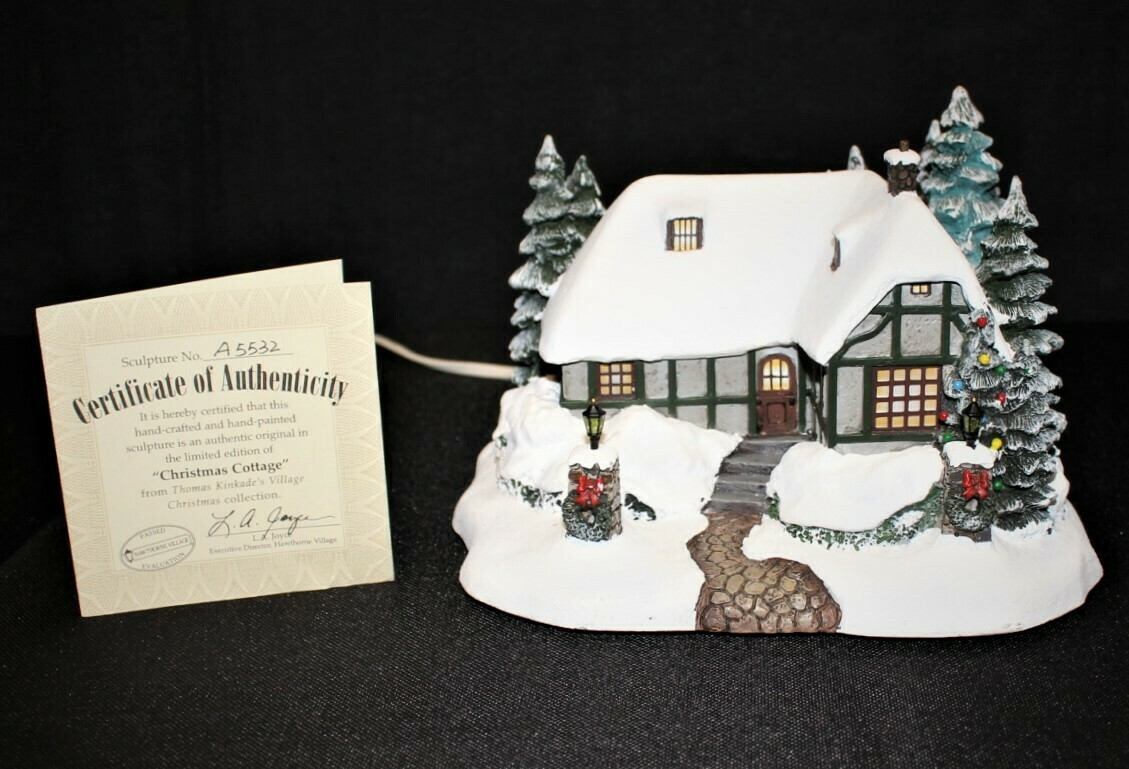 "Thomas Kinkade 2002 ""Village Christmas Cottage"" Hawthorne Lamplight Light-Up House"