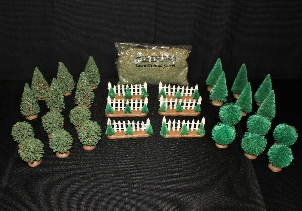 Thomas Kinkade 30-Piece 2004 Hawthorne Village Evergreen Shrub Landscape Set