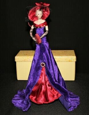 Gorgeous 2003 Popular Creations Red Hat Tassel Figurine Doll w/ Stand Box #TD183